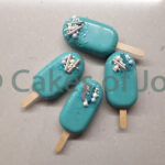 mini cake popsicles blauw mini magnum popsicles cake ijses